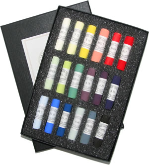 Unison Colour Hand Made Soft Pastels - Starter Set 18
